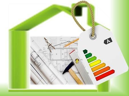 Classificazione Energetica degli Edifici: quanto costa scaldare una casa poco efficiente e quanto si risparmierebbe migliorandone la classif...