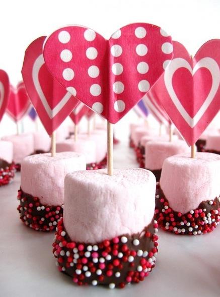 Valentine's Day Snacks: Dorm Edition