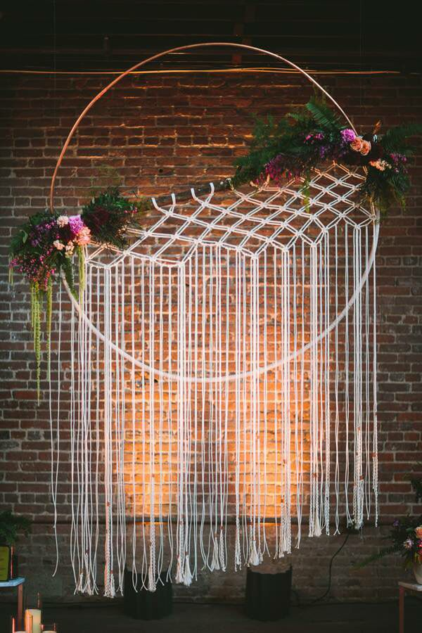 Hula hoop background ideas pinterest wedding hula for Hula hoop decorations