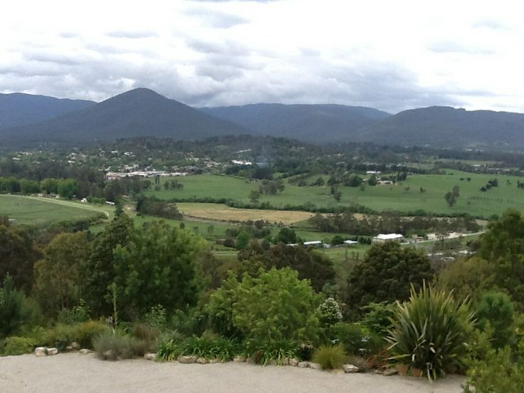 View across to Healesville