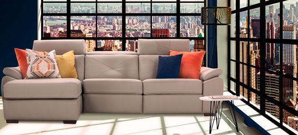 Sectional Sorrento - Transitional Style - Optima Collection -------------------------- Sectionnel inclinable, appui-tête ajustable, cuir gris, cuir beige, plusieurs configuration disponible. Causeuse, fauteuil, salon, appartement, maison, décor, sofa, modulaire. Fait au Canada. ------------------------------ Sectional, recliner, adjustable headrest, grey  leather, beige leather, choose your configuration. Loveseat, accent chair, livingroom, apartment, house, decor, sofa, modular. Made in…