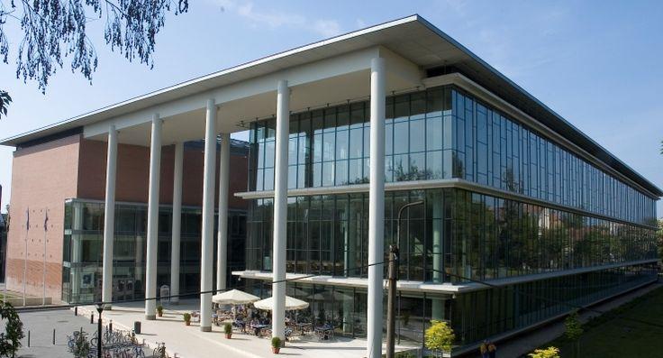 T.I.K  university