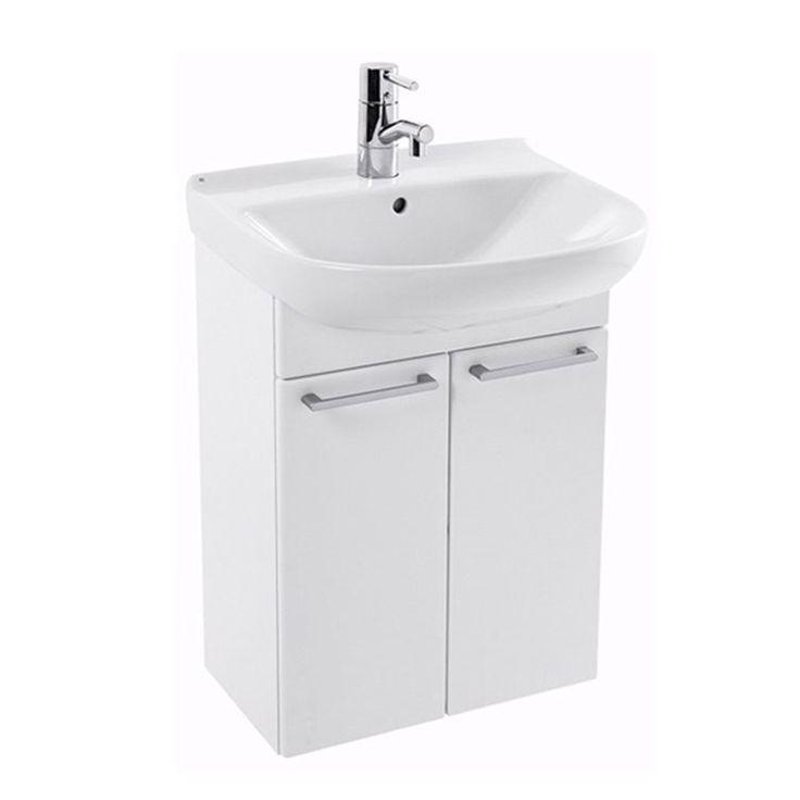 Ifö möbelpaket 2222 Cera inkluderar ett tvättställ och ett praktiskt skåp som kompletterar varandra. Välj detta matchande alternativ och ta till vara på ett utrymme som annars går till spillo. Till handfatet kan du själv välja blandare med ett personligt val och vill du höja arrangemanget kan du köpa till stödben som är enkla att montera. Ifö badrumsinredningar har klassisk design och håller alltid enkla och rena linjer som passar in i alla miljöer. <br> <br>