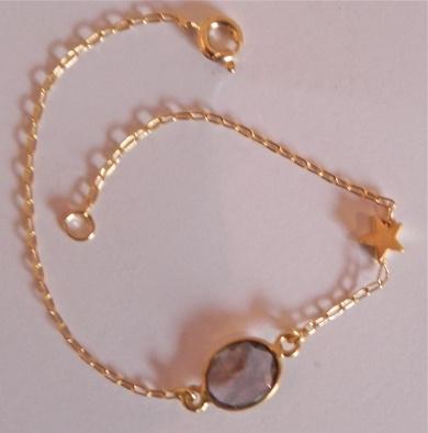 Delicate Gold bracelet with set Smoky Quartz stone and Star - #poshprezzi
