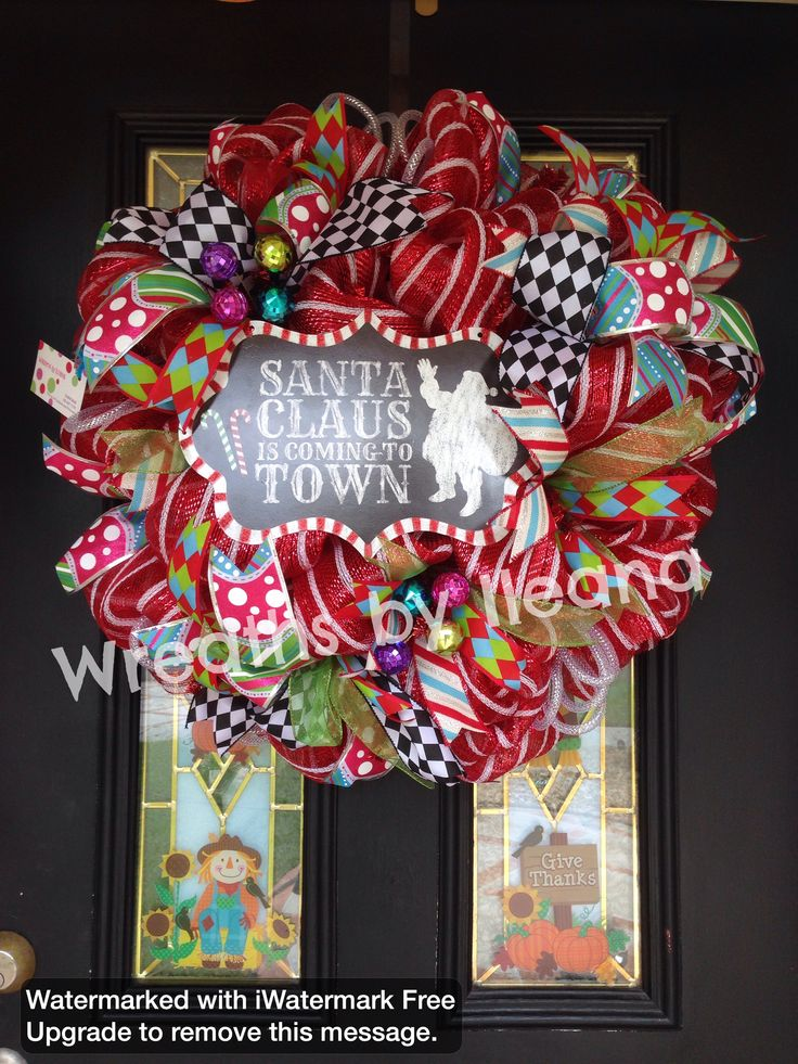 how to make a christmas mesh wreath with 2 colors