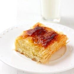 Banitsa with sour cream