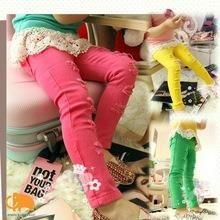 Хочу узкие зеленые или красные джинсы