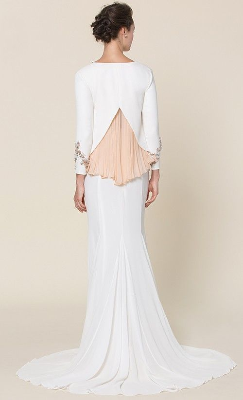 Odette Modern Kurung in White   FashionValet