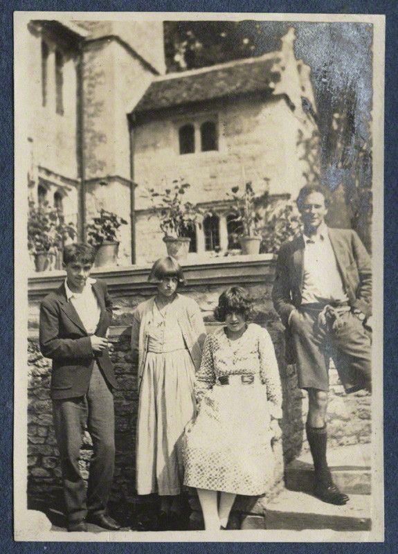 Michael Llewelyn Davies; Dora Carrington; Julian Ottoline Vinogradoff (née Morrell); Ralph Partridge