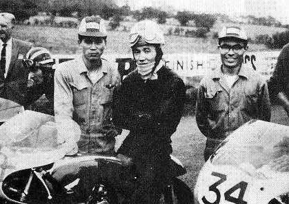 重傷を負った1960年アルスターGP 250CCのスタート前