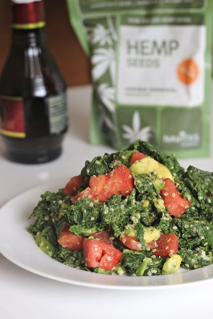Steamed Kale and Avocado Salad on http://www.homemadelevity.com/steamed-kale-and-avocado-salad/