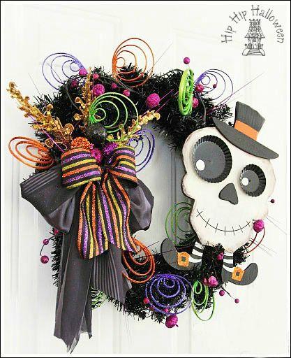 Halloween Wreaths You Can Make Yourself!