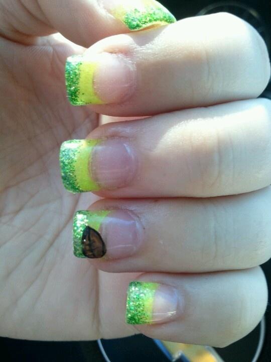 Oregon Ducks nails