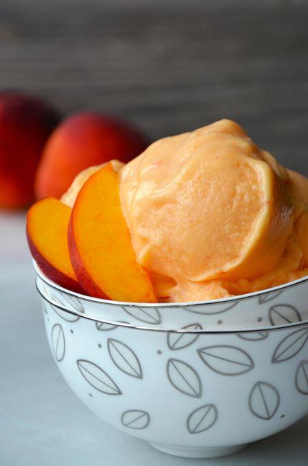 5-Minute Healthy Peach Frozen Yogurt - peaches, agave or honey (would use stevia), plain yogurt, fresh lemon juice