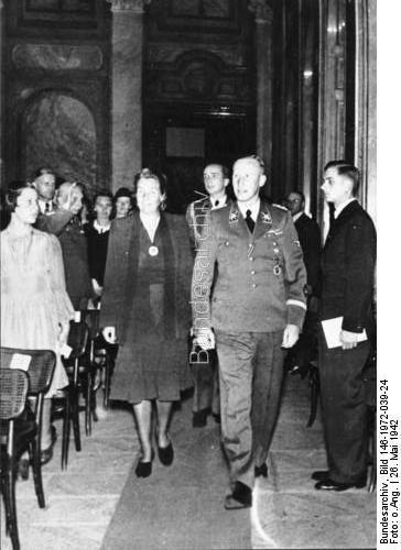 Heydrich at a concert in Prague - 1942