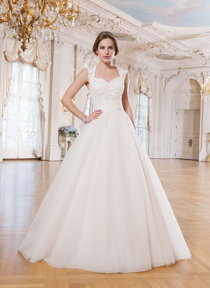 Queen Anne Style Wedding Dresses   Wedding Gallery