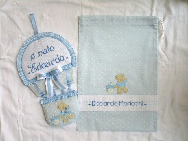 Fiocco mongolfiera e sacca per Edoardo - della categoria Punto Croce dall'album di Michela.