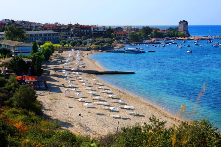 The perfect beach of Xenia Ouranoupolis, awarded with the Blue Flag for its impeccable, traffic-free waters. www.paphotels.com