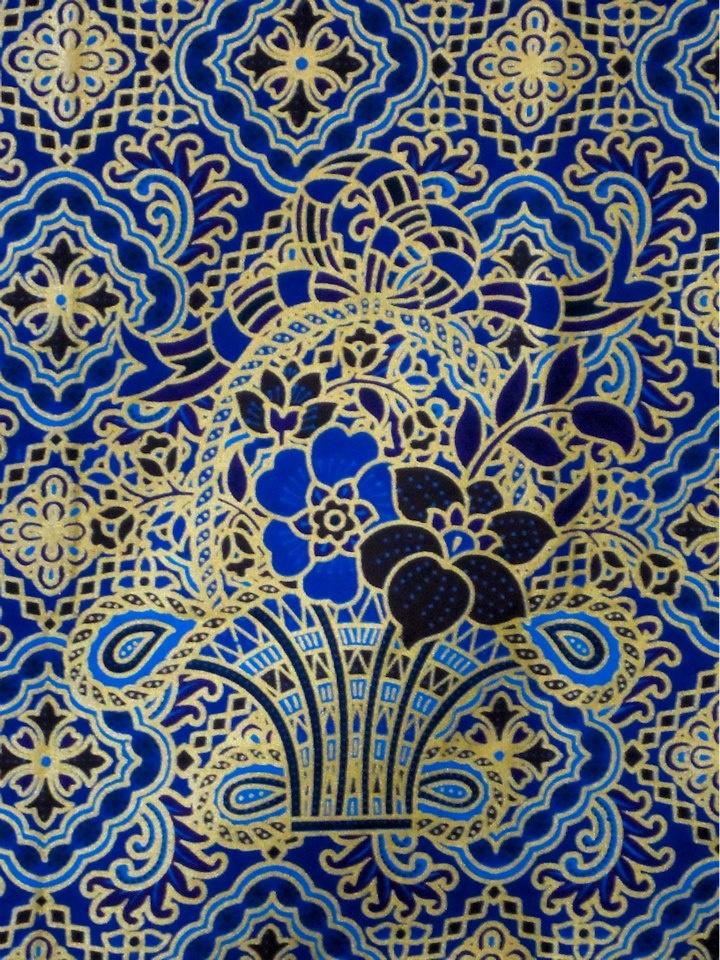 batik metallic sarung  https://pantaisarung.wazala.com/