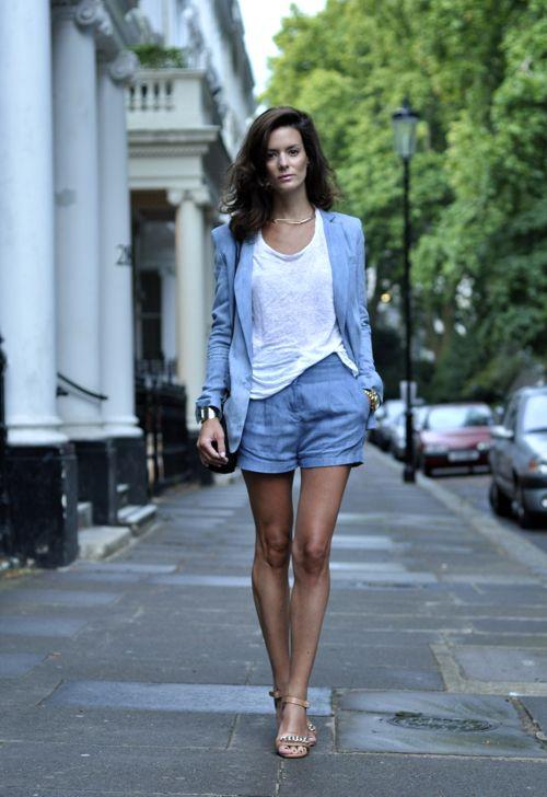 Shorts Suit | Soms kun je niet kiezen, broek of blazer; en dan blijkt combineren het beste te zijn
