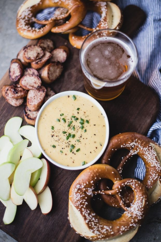 White Cheddar Beer Cheese Dip