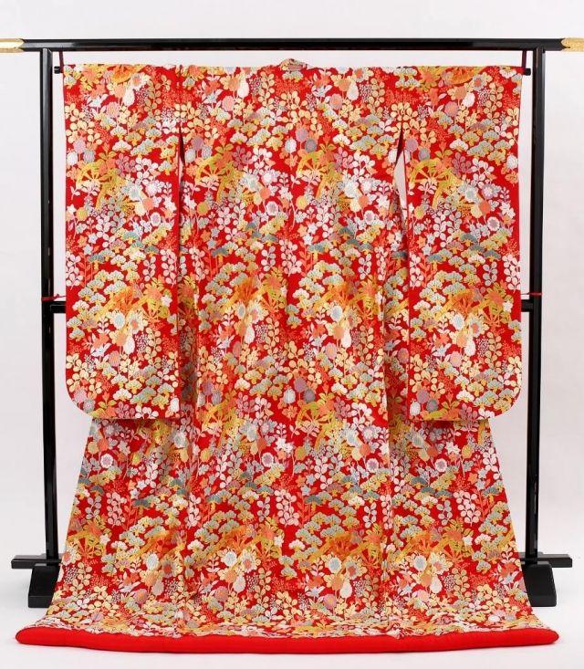 Embroidered wedding kimono