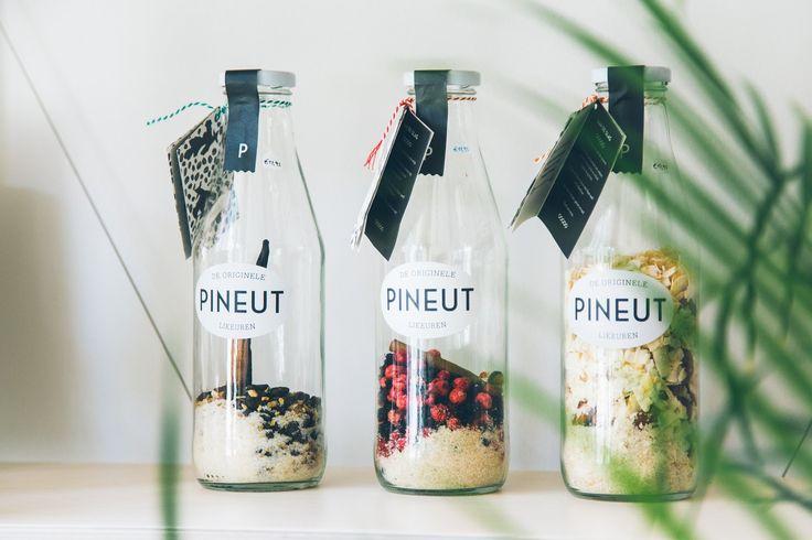 Smaak biedt lekkers en moois voor de duurzame keuken, met massa's respect voor het product, de maker en de natuur. Let's change the world a bit!