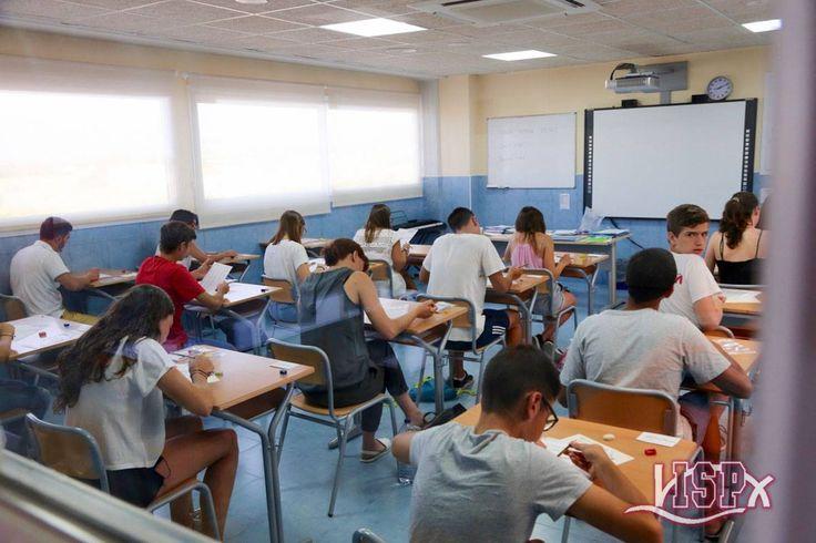 24 de Junio 2017 en #ColegiosISP #exámenesKET (A2) y #exámenesPET (B1) que Cambridge realiza en la zona norte de Castellón #OpenSessionISP 125 candidatos