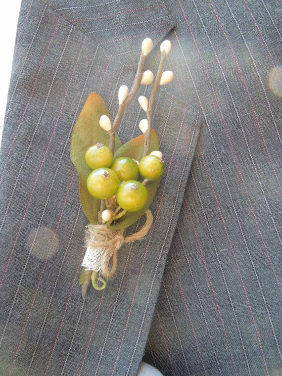 Green berries wedding boutonniere. $12.00, via Etsy.