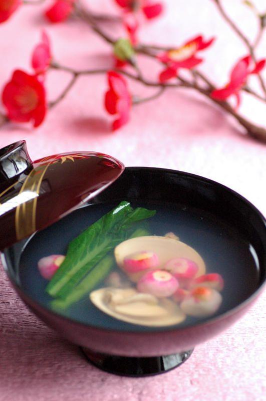 Japanese soup 雛祭りの食卓 はまぐりのお吸い物