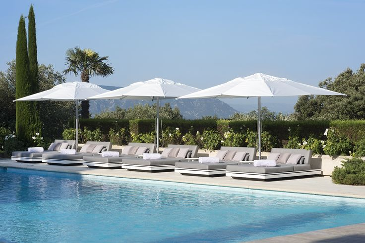 Outdoor project with Manutti loungers - Elements collection - swimming pool, relaxing, outdoor furniture, stylish.