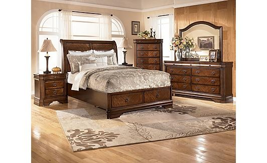 Love the Bedroom Set For the Home