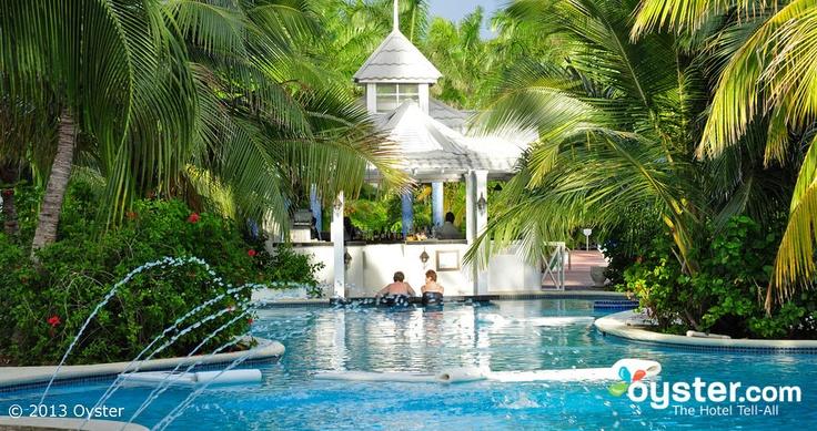 The Hibiscus Pool at the Half Moon, Jamaica @Sharon Macdonald Waddill-Kelly www.HalfMoon.RockResorts.com #BeachWedding #IconicWeddings www.IconicWeddings.com