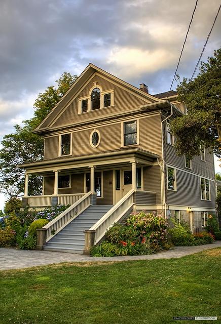 Kirkland House by Clayton Perry Photoworks, via Flickr