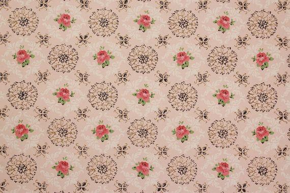 Medaglioni di rosa Rose Black tappezzeria di RosiesWallpaper