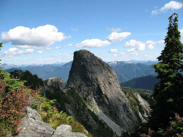 The Lions: Howe Sound - Difficult, 8hrs, 16km, 1300m elv. gain