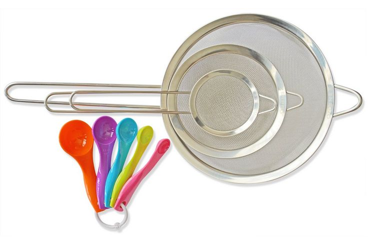 Christmas gift idea: Very Fine Mesh Strainers by ZENPRO. Set of 3 stainless steel with FREE measuring spoons. Use this code: ZENPRO15 to get discounts when purchasing it on Amazon: http://amzn.to/1UgwwqS #veryfinemeshstrainers #meshstrainers #zenpro