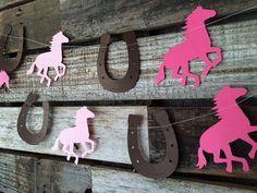 Guirlande cheval et fer à cheval cow-girl par BlueOakCreations