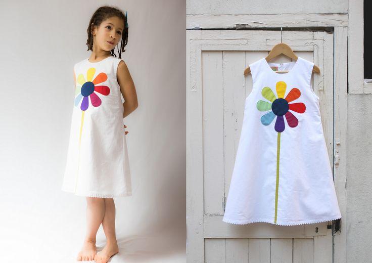 Robe marguerite classique en coton blanc pour grande fillette