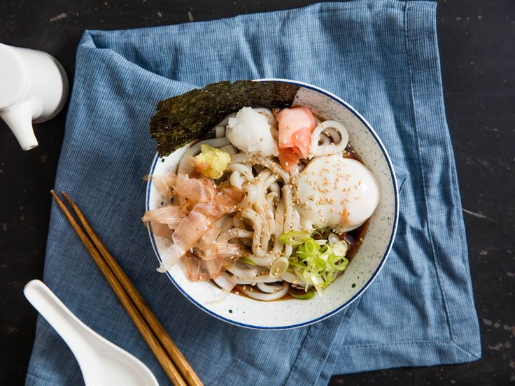 Bukkake Udon (Japanese Cold Noodles With Broth)