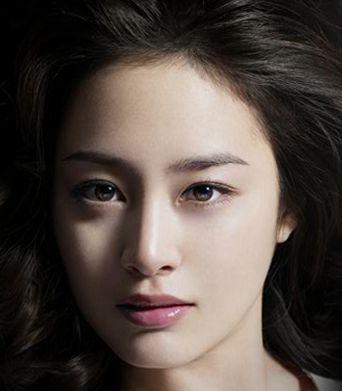 Kim Tae Hee ... the prettiest Korean actress is a Catholic. Cool!