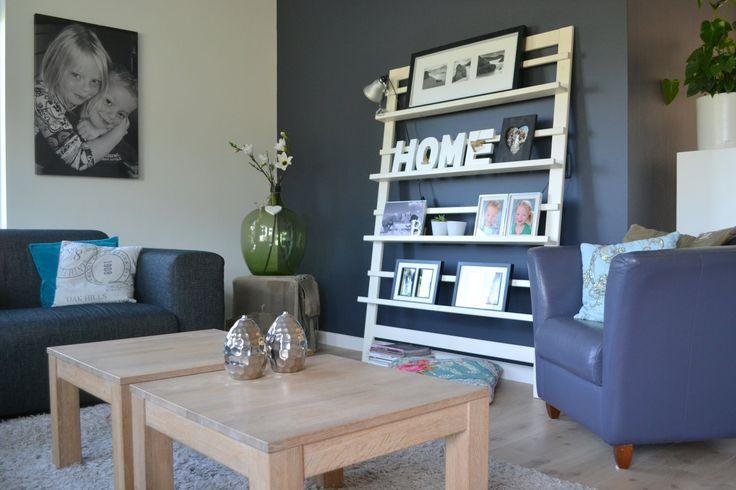 17 beste idee n over blauw grijze slaapkamer op pinterest grijze slaapkamers grijze - Grijze en rode muur ...