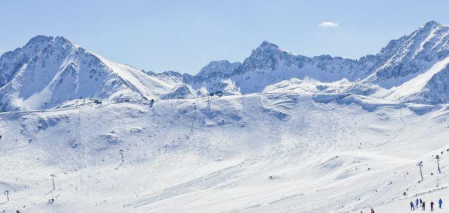 Andorran Grandvalira tunnetaan Euroopan hienoimpana ja suurimpana laskettelukeskuksena Alppien ulkopuolella ja tarjonta on kaikin tavoin maineen veroista.