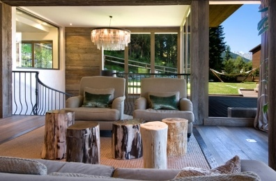 The Virgin Lodge, Verbier - beautiful in the summer too.: Decor Ideas, Chalets Perch, Chalets Inspiration, Condos Ideas, Logs Tables, Modern Rust Chalets, Luxury Interiors, Luxury Chalets, Modern Lodges Decor