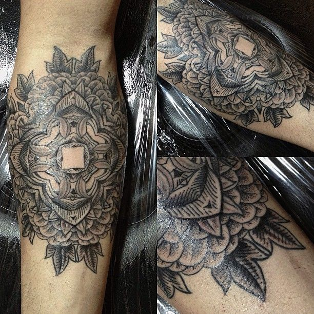 35 best images about tattoo bali indisch dotwork on pinterest mandalas lace gloves and tat. Black Bedroom Furniture Sets. Home Design Ideas