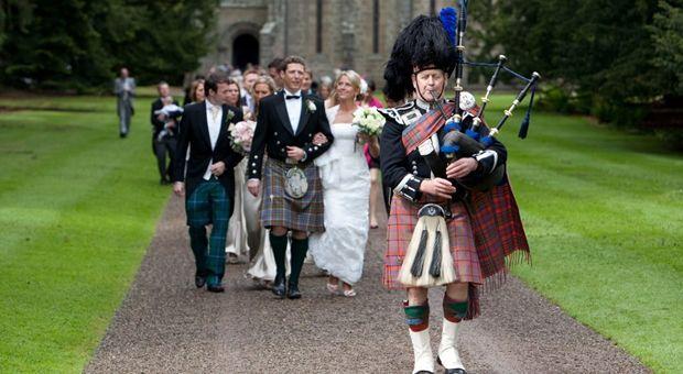 Een schotse bruiloft   Traditionele buitenlandse bruiloften ...