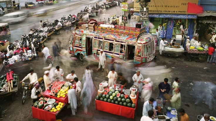 Life is fast49X62 125X160 Cm, Prints 49X62 125X160, Martin Roemer, Karachi Pakistan, Roemer Photographers, Pakistan News, Archives Pigment, 25 Martin, Street Photography