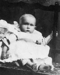 Titanic's unknown child is finally identified  Researchers say he was 19-month-old Sidney Leslie Goodwin, from England /Image: Baby Sidney Lesilie Goodwin