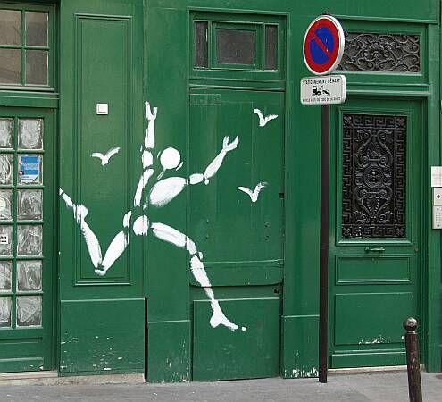 * Jérôme Mesnager, né le 30 janvier 19611, à Colmar (Haut-Rhin), est un peintre français.  Père de « l'Homme en blanc », il est l'un des premiers peintres de rue parisiens.  Il est l'un des fondateurs, en 1982, de Zig-Zag, un groupe d'une dizaine de très jeunes artistes en « zig-zag dans la jungle des villes » qui décident d'occuper la rue en dessinant des graffitis et, aussi, d'occuper brièvement, le temps d'une performance artistique, des usines désaffectées.