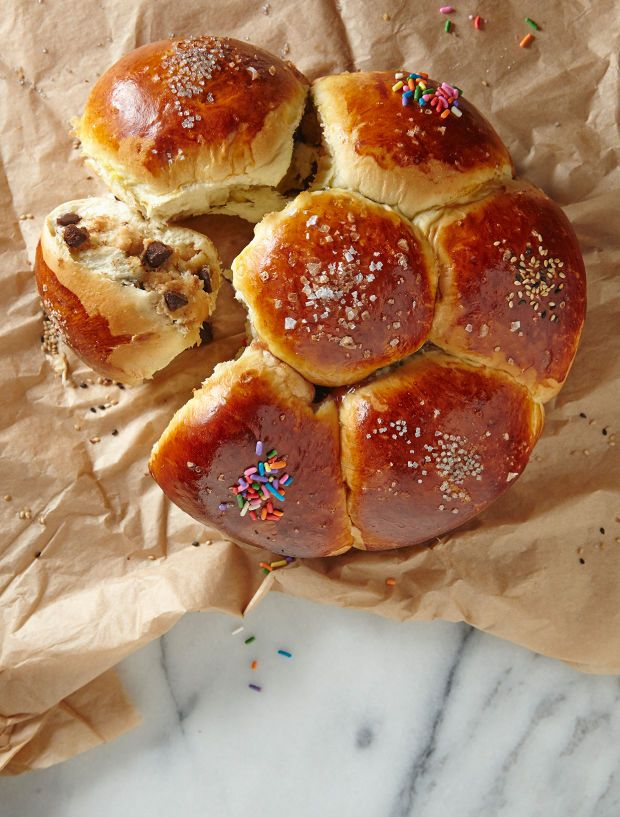 Guess what's in these Purim Inspired Challas? You can make your challah full of surprises that your kids and family will love.